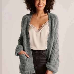 Nwt Abercrombie and Fitch open gray cardigan